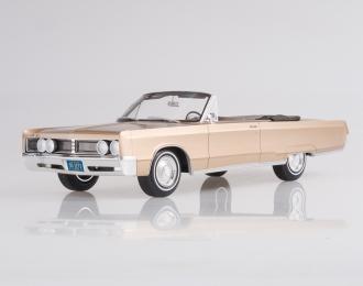 CHRYSLER Newport Convertible (1967), metallic-beige
