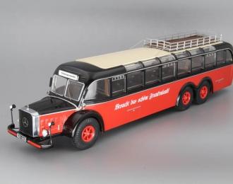 MERCEDES-BENZ O10000 bus, red / black