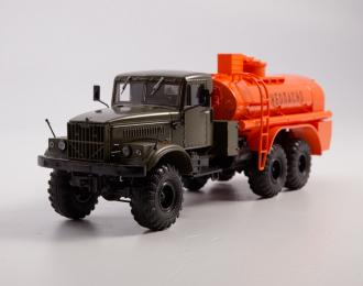 Топливозаправщик АЦ-8,5 (255Б), хаки / оранжевый