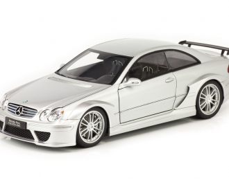 Mercedes-Benz CLK-DTM AMG Coupe C209 серебристый
