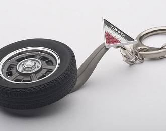 Брелок - колесо TOYOTA 2000 GT WHEEL 1/18