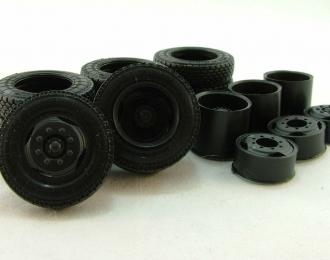 Резина, диски для ЗИЛ 133 6х4, протектор шашка