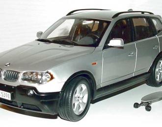 BMW X3 E83 (2004), titan silber met.