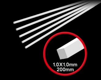 Пластиковый пруток квадратного сечения 1.0х200 (5шт.)