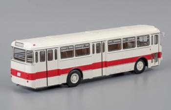 IKARUS 556.10 (1971), белый с бордовой полосой