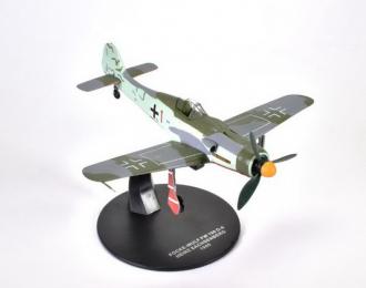 Focke-Wulf Fw-190D-9 Heinz Sachsenberg (104 победы) 1945