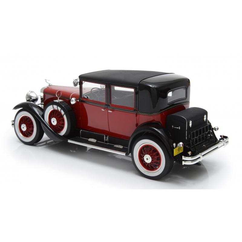 Cadillac 341A Town Sedan 1928 (red / black)